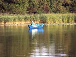 Jezioro Selmęt Wielki - rybak